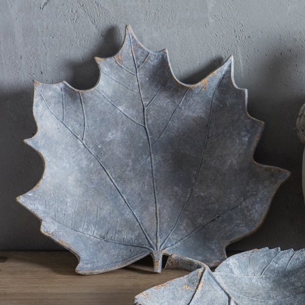 Maple Leaf Grey Weathered